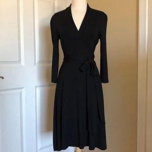 BANANA REPUBLIC black stretchy wrap dress, NEW!